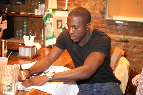 ALTIDORE HOLDING AUTOGRAPH SESSION, MEETING FANS AT TOP NYC SOCCER STORE