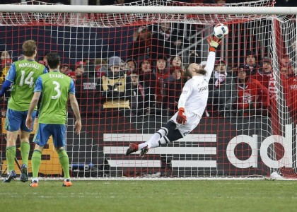 CANADIAN SHOCK: ALTIDORE, TORONTO FC FALL TO SEATTLE IN MLS CUP THRILLER